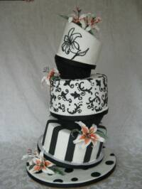Spencer Sweet Shoppe Fondant Topsy Turvy Wedding Cake